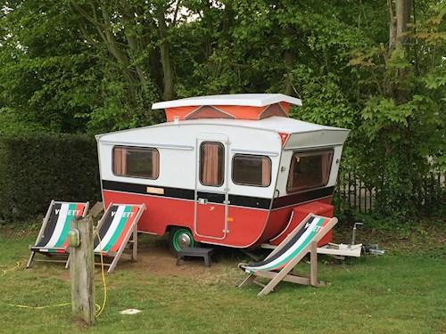 Vintage kampeerweekend in het Heuvelland