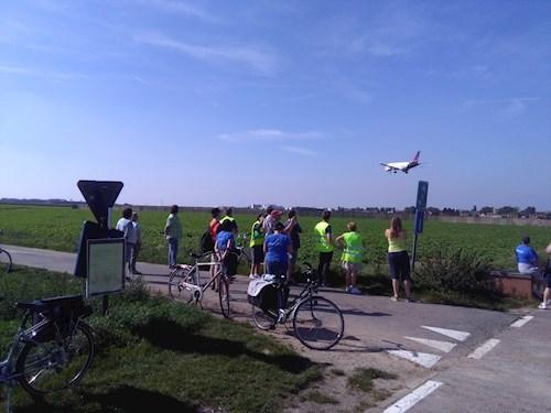 Met de fiets rond de luchthaven