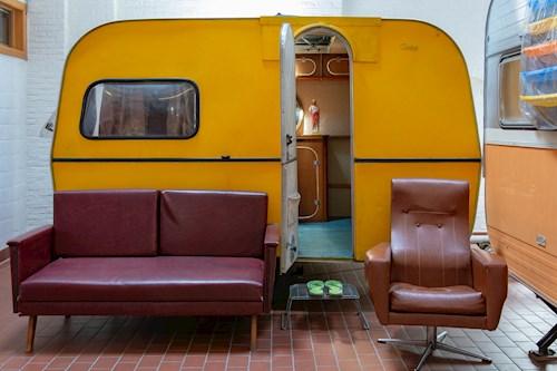 Indoor kamperen en kajakken in Gent